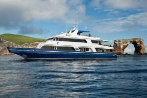 Galapagos Sky (boat2)