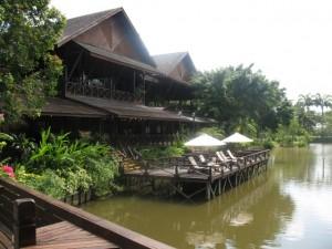 Sepilok Nature Resort (deck)