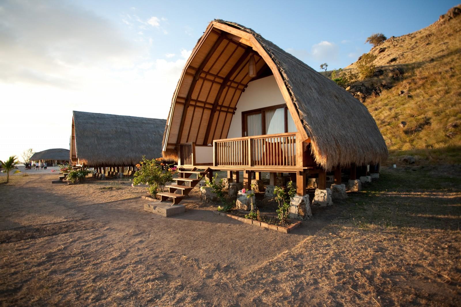 Komodo Resort Bungalow Jpg