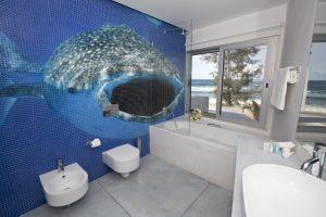 Hotel Tofu Mar bathroom 6